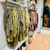 Our women closet: few brands displayed in our shop, some already known designers, some new ones to be discovered, definitively all the essentials women are looking for!  To name a few brands: Laurence Bras, My sunday morning, Just in case, Gagan Paul, Nana Ki... . . . #womengarments#womencloset#theessentialsforwomen#tailoring#dresses#skirts#pants#shorts#shirts#blouses#cotton#silk#printedfabric#embroideredfabric#casualstyle#everydaystyle#partystyle#laurencebras#mysundaymorning#justincase#gaganpaul#nanaki#moda#calças#vestido#saia#todososelementosessenciaisparaasmulheres#algodão#seda @lappartementbynanaki #lisbon